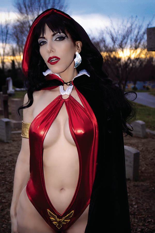 VAMPIRELLA REANIMATOR #2 30 COPY COSPLAY VIRGIN INCV