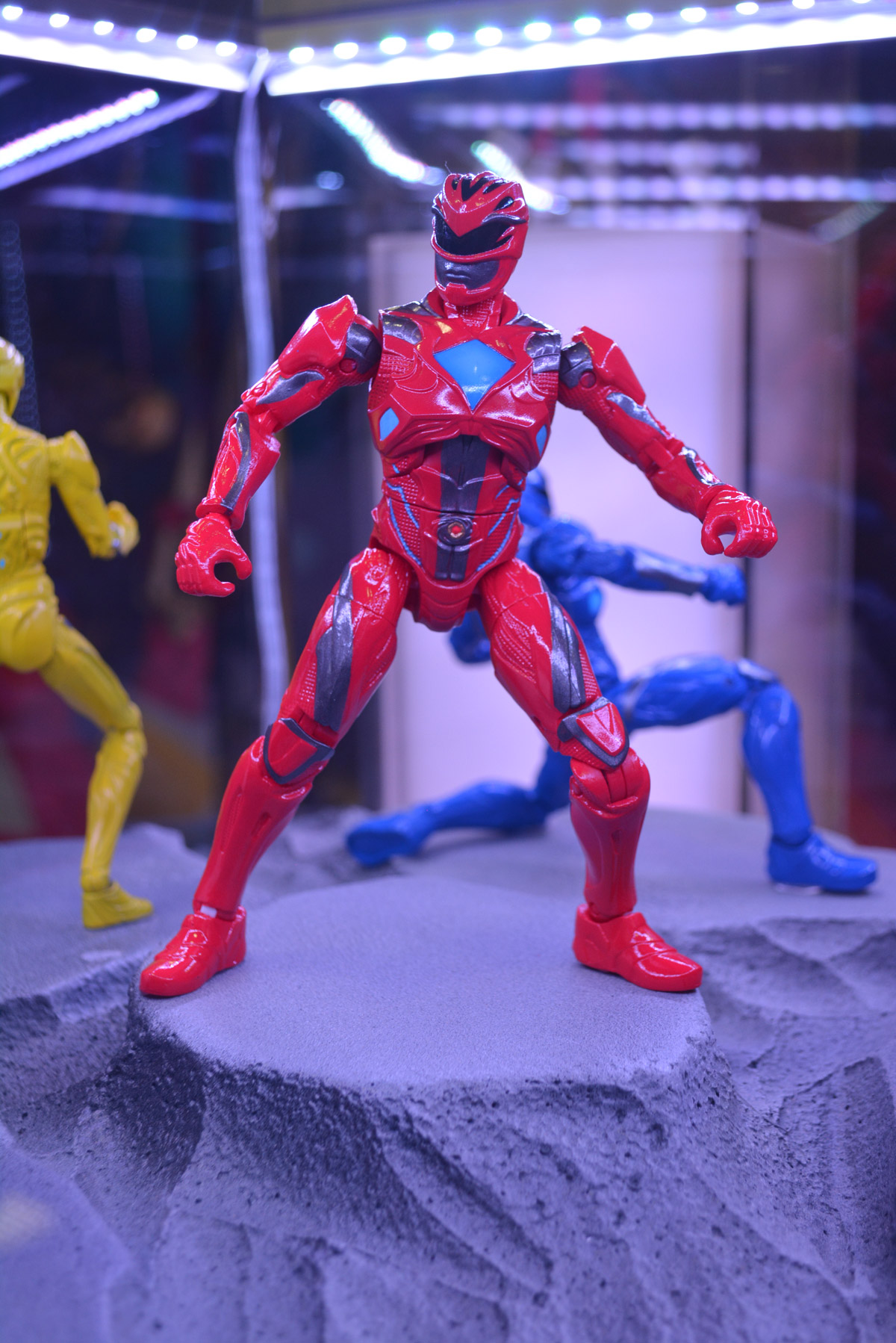 Best Power Ranger Toys And Action Figures : Sdcc power rangers action figures show new movie look