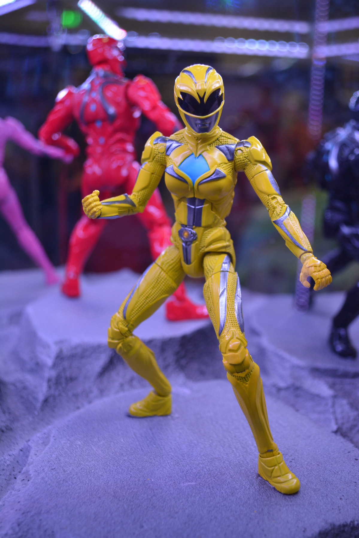 sdcc16 power rangers action figures show new movie look previews world. Black Bedroom Furniture Sets. Home Design Ideas